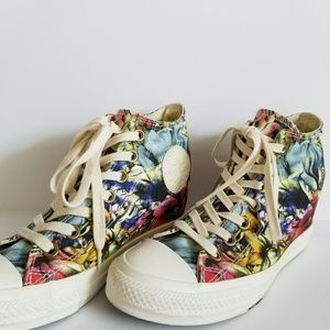Converse All Star Lux Floral Shoes Size 8